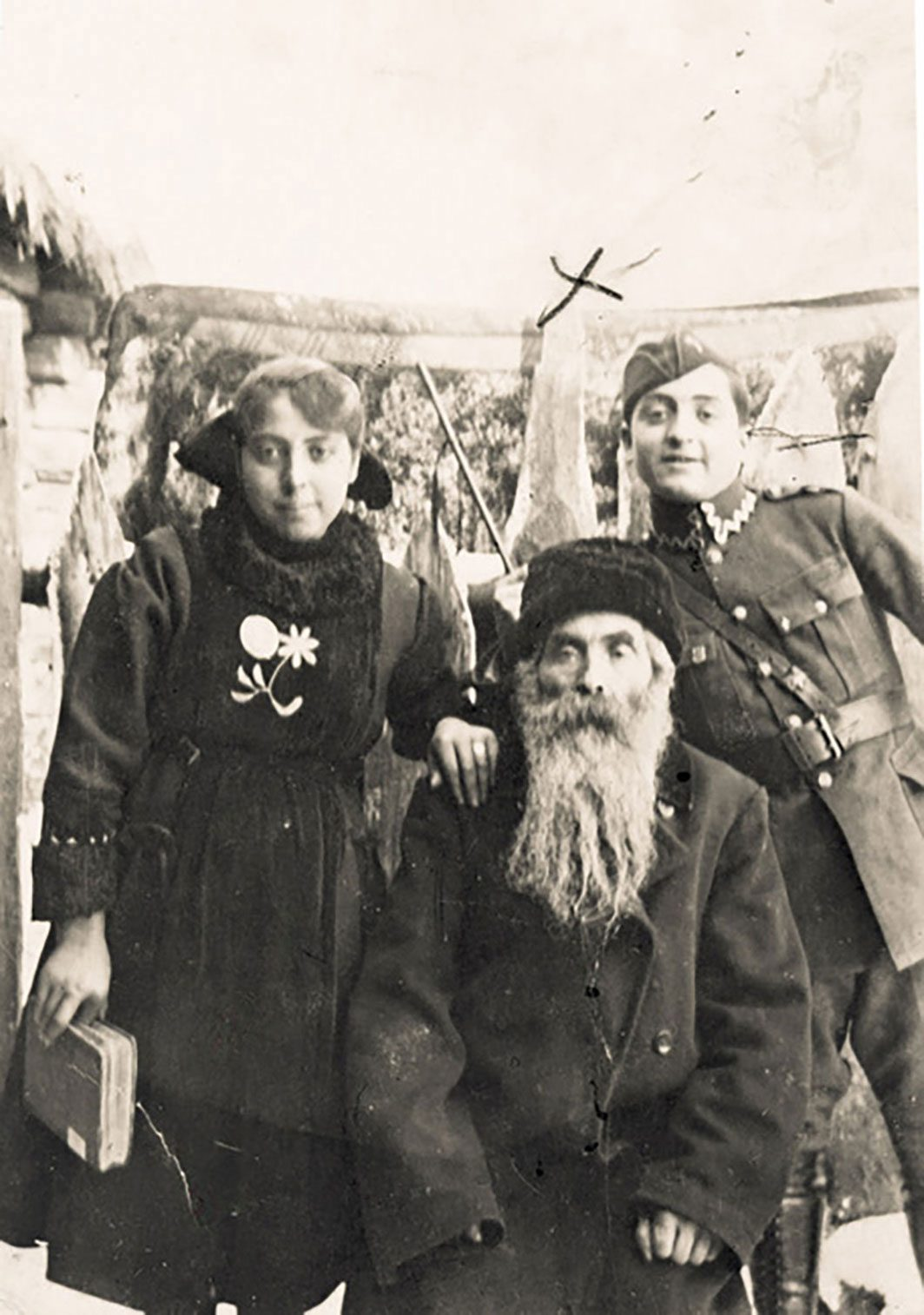 A Jewish soldier with his grandfather