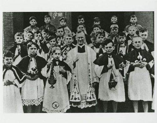 Group portrait of a communion