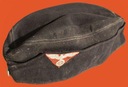 One side cap