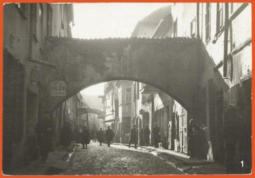 Archway in Vilna Street